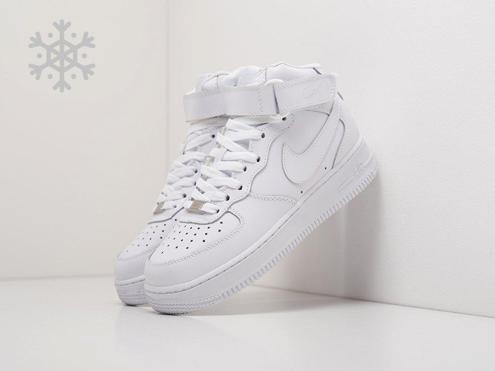 12fe57e0 Кроссовки Nike Air Force 1 цвет Белый купить по цене 590 рублей в  интернет-магазине outmaxshop.ru с доставкой ☑️
