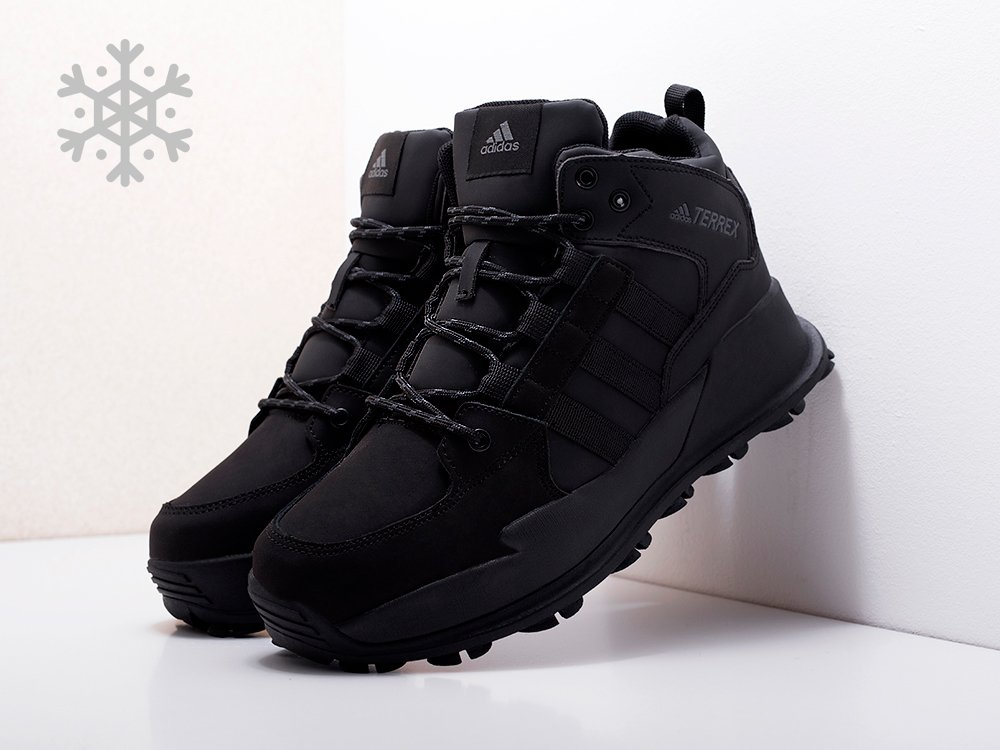 Ботинки Adidas Terrex Winter цвет черный купить по цене 2370 рублей в интернет-магазине outmaxshop.ru с доставкой ☑️