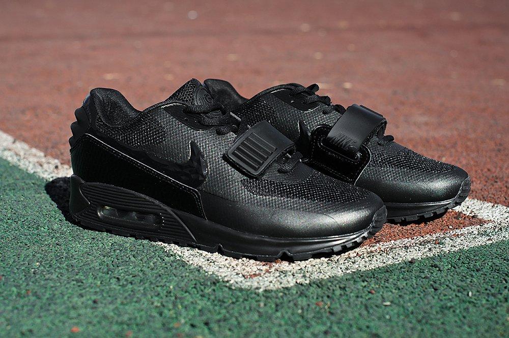 f40449cd Кроссовки Nike Air Max 90 Yeezy 2 цвет Черный купить по цене 3090 рублей в  интернет-магазине outmaxshop.ru с доставкой ☑️