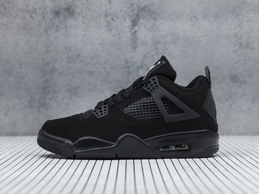Кроссовки Nike Air Jordan 4 Retro цвет Черный купить по цене 3090 рублей в интернет-магазине outmaxshop.ru с доставкой ☑️
