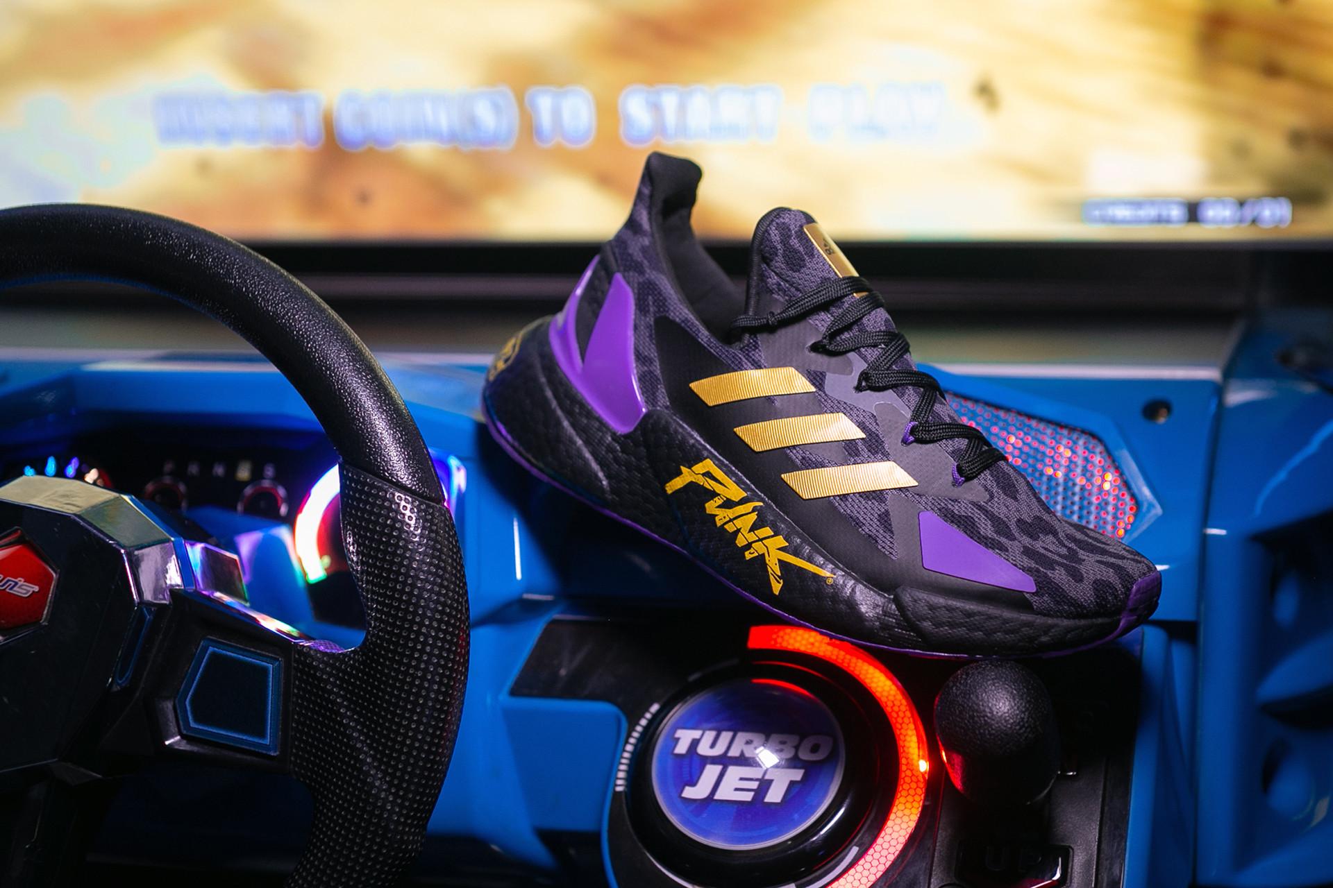Кроссовки Adidas X9000L4 «CYBERPUNK 2077»